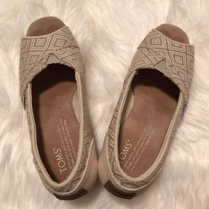 "TOMS wedges/ open toes/ 3.5"" heels"
